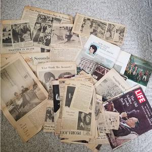 JFK PARDONS TURKEY Newspaper clippings John